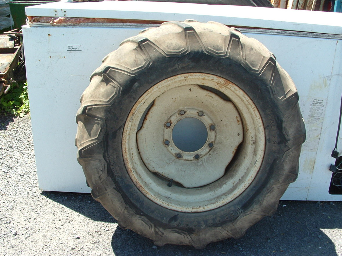 Ford Tractor Tires And Wheels : Tires and rims ford tractor